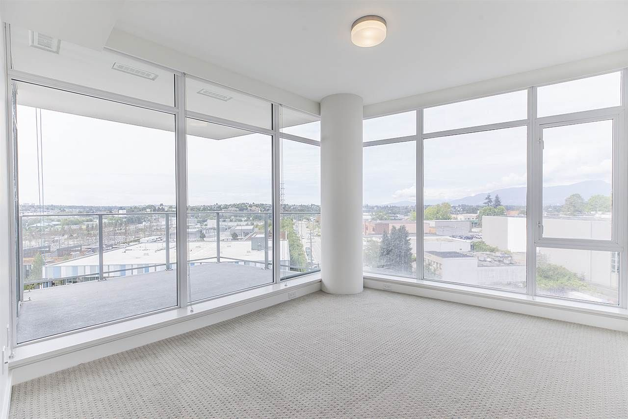 """Photo 12: Photos: 505 1788 GILMORE Avenue in Burnaby: Brentwood Park Condo for sale in """"Escala"""" (Burnaby North)  : MLS®# R2394517"""