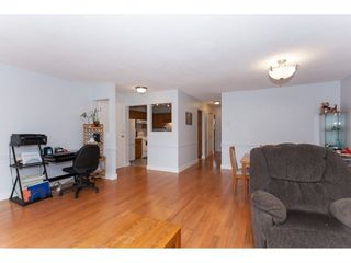 """Photo 6: 4 33123 GEORGE FERGUSON Way in Abbotsford: Central Abbotsford Townhouse for sale in """"The Britten"""" : MLS®# R2238767"""