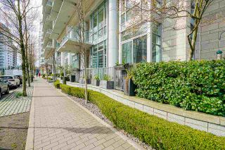 """Photo 28: 2 ATHLETES Way in Vancouver: False Creek Townhouse for sale in """"KAYAK-THE VILLAGE ON THE CREEK"""" (Vancouver West)  : MLS®# R2564490"""