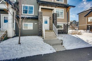 Photo 2: 25 Nolan Hill Boulevard NW in Calgary: Nolan Hill Row/Townhouse for sale : MLS®# A1073850
