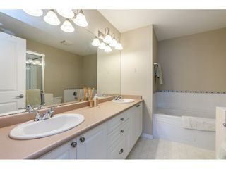 """Photo 13: 42 17097 64 Avenue in Surrey: Cloverdale BC Townhouse for sale in """"Kentucky"""" (Cloverdale)  : MLS®# R2465944"""
