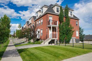 Main Photo: 15 43 Springborough Boulevard SW in Calgary: Springbank Hill Row/Townhouse for sale : MLS®# A1070449