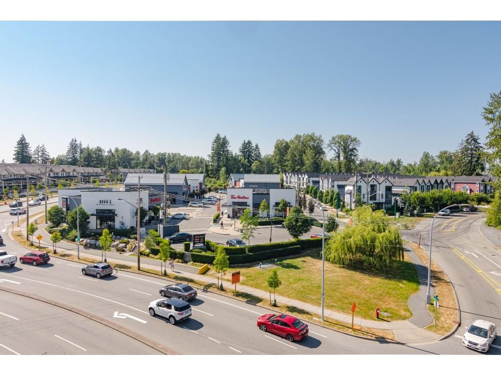 """Photo 24: Photos: 315 19228 64 Avenue in Surrey: Clayton Condo for sale in """"FOCAL POINT"""" (Cloverdale)  : MLS®# R2481765"""