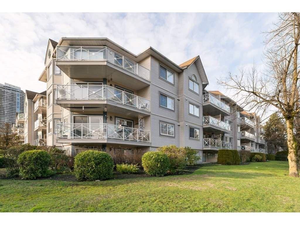 """Main Photo: 522 12101 80 Avenue in Surrey: Queen Mary Park Surrey Condo for sale in """"SURREY TOWN MANOR"""" : MLS®# R2233224"""