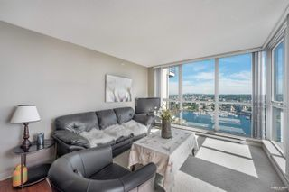 """Photo 3: 3702 1408 STRATHMORE Mews in Vancouver: Yaletown Condo for sale in """"West One"""" (Vancouver West)  : MLS®# R2617589"""