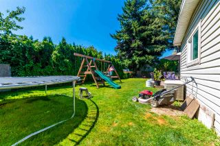 """Photo 6: 45640 NEWBY Drive in Chilliwack: Sardis West Vedder Rd House for sale in """"SARDIS"""" (Sardis)  : MLS®# R2481893"""