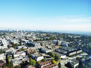 """Photo 3: 2806 6700 DUNBLANE Avenue in Burnaby: Metrotown Condo for sale in """"Vittorio"""" (Burnaby South)  : MLS®# R2545720"""