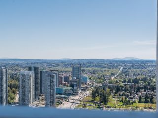 "Photo 23: 4805 13495 CENTRAL Avenue in Surrey: Whalley Condo for sale in ""3 CIVIC PLAZA"" (North Surrey)  : MLS®# R2567057"