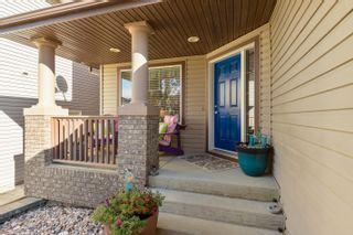 Photo 1: 3040 MACNEIL Way in Edmonton: Zone 14 House for sale : MLS®# E4263321