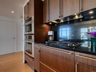 Photo 12: 703 100 Saghalie Rd in : VW Songhees Condo for sale (Victoria West)  : MLS®# 855091
