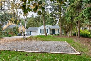 Photo 4: 379 LAKESHORE RD W in Oakville: House for sale : MLS®# W5399645