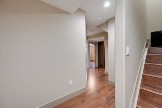 Photo 32: 205 ALBANY Drive in Edmonton: Zone 27 House for sale : MLS®# E4236986