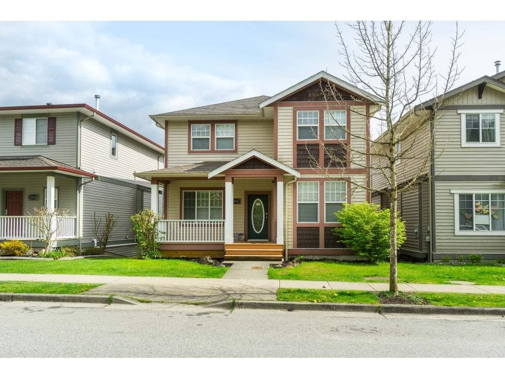 """Main Photo: 36276 STEPHEN LEACOCK Drive in Abbotsford: Abbotsford East House for sale in """"Auguston"""" : MLS®# R2504877"""