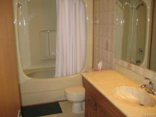 Photo 8: 54 Chornick Drive in WINNIPEG: North Kildonan Residential for sale (North East Winnipeg)  : MLS®# 1500741