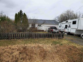 Photo 1: 8045 OLD CARIBOO Highway in Prince George: Pineview House for sale (PG Rural South (Zone 78))  : MLS®# R2572850