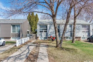 Photo 2: 907A Argyle Avenue in Saskatoon: Greystone Heights Residential for sale : MLS®# SK851059