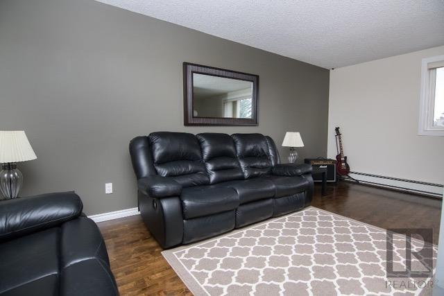 Photo 3: Photos: 306 1710 Taylor Avenue in Winnipeg: River Heights Condominium for sale (1D)  : MLS®# 1820539
