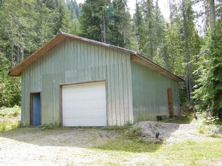 Photo 2: 5115 East Barriere FSR in East Barriere Lake: House for sale