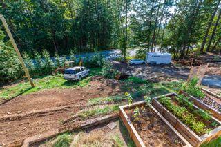 Photo 2: 2375 LOUGHEED HIGHWAY in Agassiz: Mt Woodside House for sale (Harrison Mills / Mt Woodside)  : MLS®# R2617751