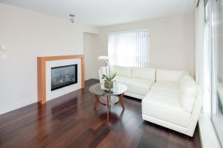 """Photo 5: 404 5958 IONA Drive in Vancouver: University VW Condo for sale in """"ARGYLL HOUSE EAST"""" (Vancouver West)  : MLS®# R2363675"""