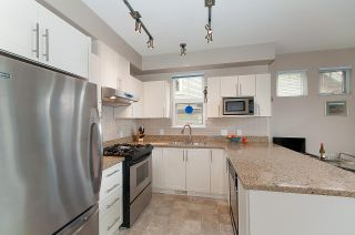 """Photo 2: 4 2978 WHISPER Way in Coquitlam: Westwood Plateau Townhouse for sale in """"WHISPER RIDGE"""" : MLS®# R2300463"""