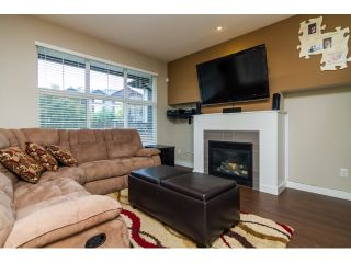 """Photo 3: 16 18199 70TH Avenue in Surrey: Cloverdale BC Townhouse for sale in """"Augusta"""" (Cloverdale)  : MLS®# F1424865"""