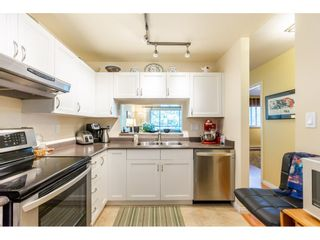"""Photo 7: 404 15991 THRIFT Avenue: White Rock Condo for sale in """"Arcadian"""" (South Surrey White Rock)  : MLS®# R2505774"""