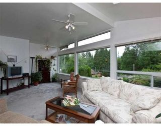 Photo 10: 1621 DEEP COVE RD in North Vancouver: House for sale : MLS®# V835288