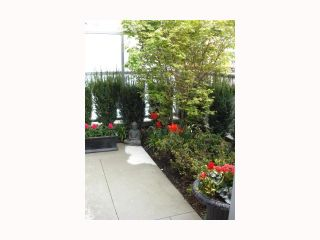 """Photo 8: 103 REGIMENT Square in Vancouver: Downtown VW Townhouse  in """"SPECTRUM 3"""" (Vancouver West)  : MLS®# V817637"""