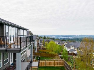 """Photo 34: 1512 SHORE VIEW Place in Coquitlam: Burke Mountain House for sale in """"The Ridge"""" : MLS®# R2578852"""