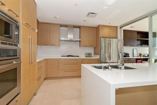 """Photo 17: 1001 628 KINGHORNE Mews in Vancouver: Yaletown Condo for sale in """"SILVER SEA"""" (Vancouver West)  : MLS®# R2510572"""