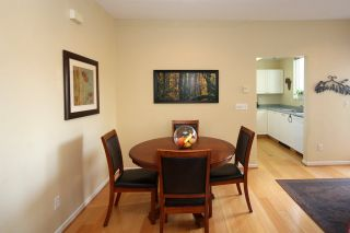 """Photo 4: 11 2711 E KENT AVENUE NORTH Avenue in Vancouver: Fraserview VE Townhouse for sale in """"RIVERSIDE GARDENS"""" (Vancouver East)  : MLS®# R2010542"""