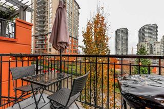 "Photo 15: 206 828 ROYAL Avenue in New Westminster: Downtown NW Townhouse for sale in ""BRICKSTONE WALK"" : MLS®# R2222014"