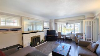 Photo 2: 2636 W 41ST Avenue in Vancouver: Kerrisdale House for sale (Vancouver West)  : MLS®# R2565278