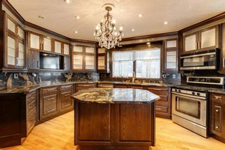 Photo 2: 503 Woodbriar Place SW in Calgary: Woodbine Detached for sale : MLS®# A1062394