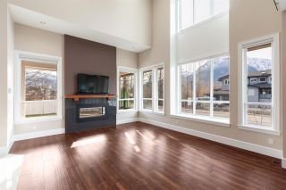 "Photo 9: 1020 STARVIEW Place in Squamish: Tantalus House for sale in ""TANTALUS"" : MLS®# R2536297"