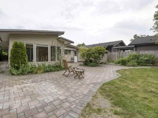 """Photo 12: 233 67 Street in Tsawwassen: Boundary Beach House for sale in """"Bounday Bay"""" : MLS®# R2455324"""