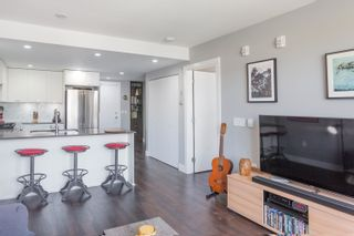 """Photo 6: 407 131 E 3RD Street in North Vancouver: Lower Lonsdale Condo for sale in """"THE ANCHOR"""" : MLS®# R2615720"""