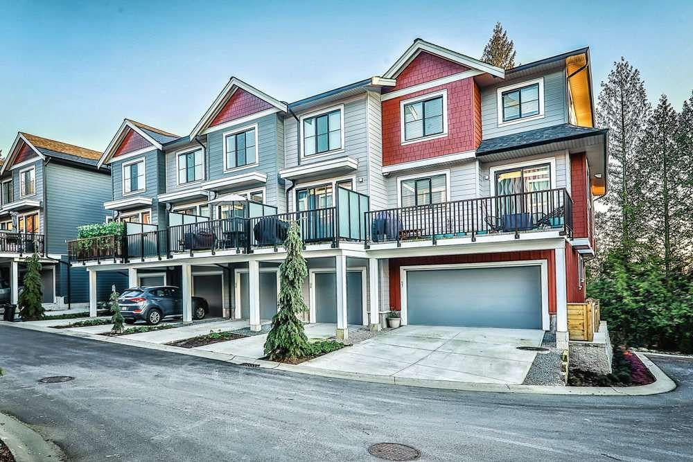 "Main Photo: 55 13260 236 Street in Maple Ridge: Silver Valley Townhouse for sale in ""ARCHSTONE ROCKRIDGE"" : MLS®# R2564298"