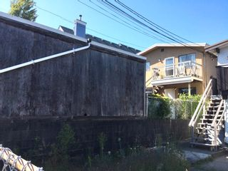 Photo 14: 1320 1316 E 13TH AVENUE in Vancouver: Grandview Woodland House for sale (Vancouver East)  : MLS®# R2604462