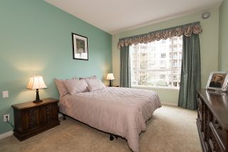 "Photo 19: 212 3098 GUILDFORD Way in Coquitlam: North Coquitlam Condo for sale in ""MARLBOROUGH HOUSE"" : MLS®# R2225808"