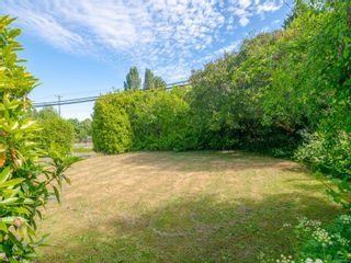Photo 15: 7261 Lantzville Rd in : Na Lower Lantzville House for sale (Nanaimo)  : MLS®# 877987