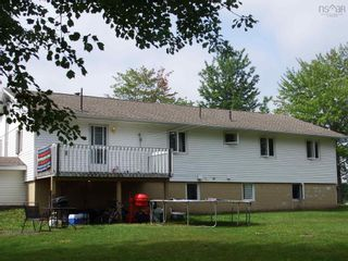 Photo 3: 761 Highway 214 in Belnan: 105-East Hants/Colchester West Residential for sale (Halifax-Dartmouth)  : MLS®# 202121037