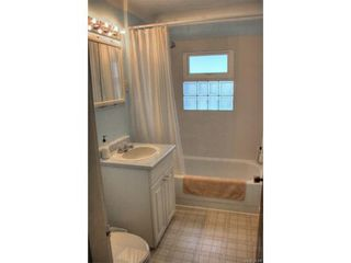 Photo 5: 1029-1031 Colville Rd in VICTORIA: Es Rockheights Full Duplex for sale (Esquimalt)  : MLS®# 749288