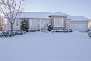 Photo 1: 205 Elm Drive in Oakbank: Single Family Detached for sale : MLS®# 1428748