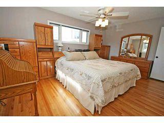 Photo 11: 12511 LAKE GENEVA Road SE in CALGARY: Lake Bonavista Residential Detached Single Family for sale (Calgary)  : MLS®# C3628139
