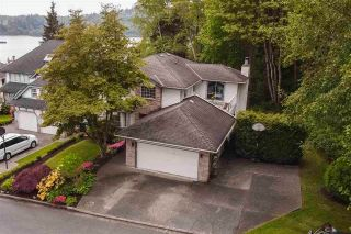Photo 1: 333 ROCHE POINT Drive in North Vancouver: Roche Point House for sale : MLS®# R2577866