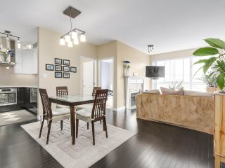 """Photo 8: PH10 511 W 7TH Avenue in Vancouver: Fairview VW Condo for sale in """"BEVERLY GARDENS"""" (Vancouver West)  : MLS®# R2156639"""