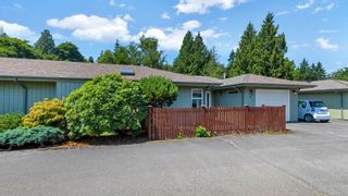 Photo 2: 10 235 Park Dr in : GI Salt Spring Row/Townhouse for sale (Gulf Islands)  : MLS®# 881790