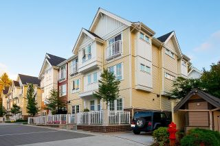 """Photo 3: 2127 SPRING Street in Port Moody: Port Moody Centre Townhouse for sale in """"EDGESTONE"""" : MLS®# R2614994"""